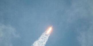 143 مركبة إلى الفضاء