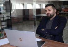الطالب السوري يزن مهنا