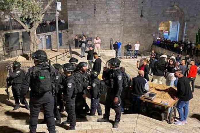 الاحتلال الفلسطينيين القدس